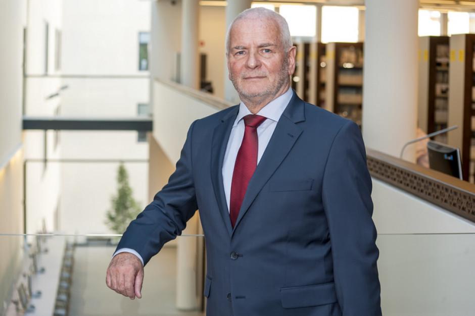 Prof. Ziętek rezygnuje z funkcji rektora Uniwersytetu Medycznego: jestem po ludzku zmęczony, a śmierć przyjaciela uświadomiła mi...