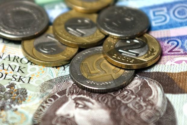 Minister odpowiada prezydentowi ws. minimalnego wynagrodzenia