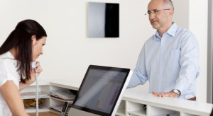 MZ: sekretarki medyczne powinny móc wystawiać e-zwolnienia