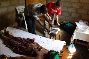 Polacy zorganizują ośrodki zdrowia dla uchodźców w Ugandzie
