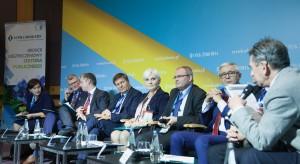XIII Forum RZ: w szpitalach brakuje personelu. Czas ułatwić pracę obcokrajowcom?
