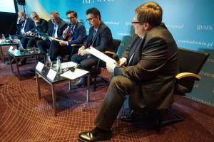 XIII Forum Rynku Zdrowia: sesja dotycząca rynku wyrobów medycznych