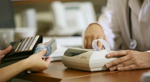 Ustawa o jawności życia publicznego oznacza dla lekarzy lustrację majątkową?