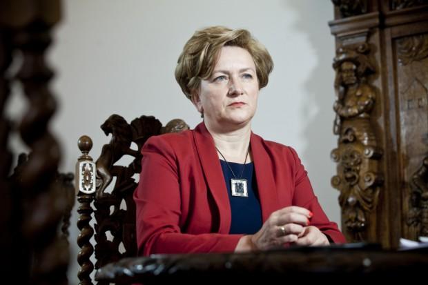 Wiceminister Szczurek-Żelazko: z dnia na dzień spada liczba wypowiedzeń klauzuli opt-out