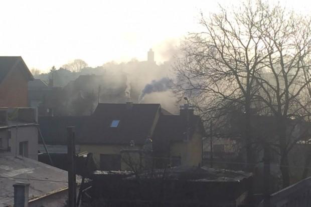 Z godziny na godzinę coraz większy smog nad Polską