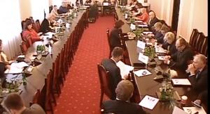 Sejm: komisja zdrowia przyjęła zmiany w planie finansowym NFZ na 2017 r.