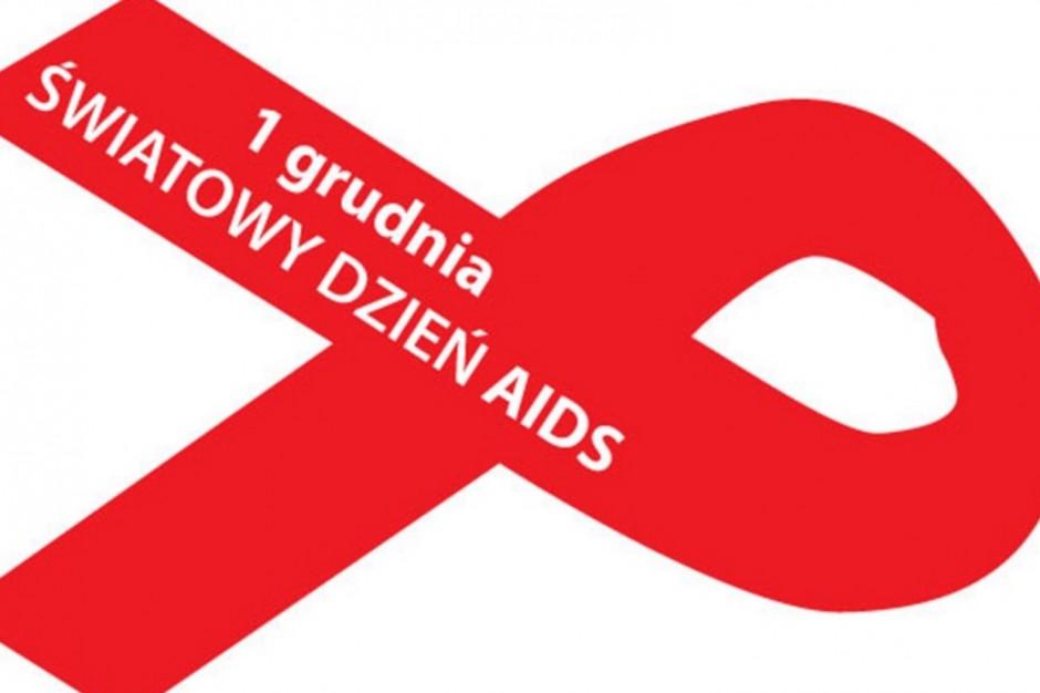 MZ: od trzydziestu lat obchodzimy Światowy Dzień AIDS
