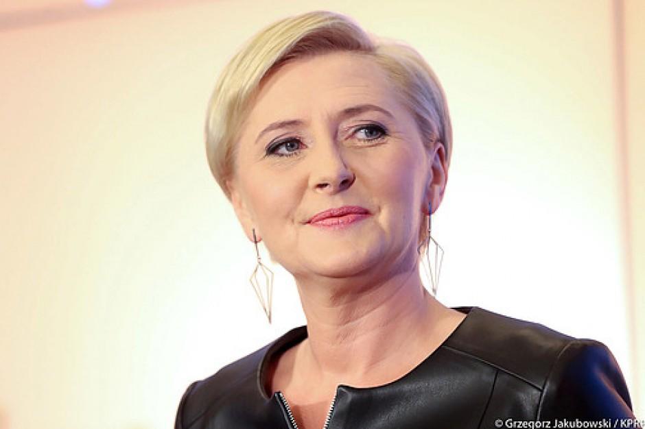 Agata Kornhauser-Duda: gdy chodzi o zawał serca, nie zwlekajmy z wezwaniem pomocy