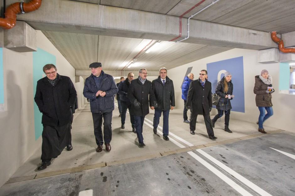Toruń: otwarcie wielopoziomowego parkingu przy szpitalu