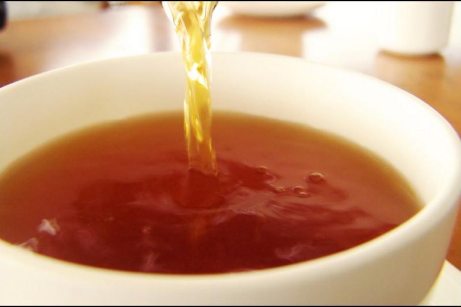 Filiżanka herbaty dziennie a jaskra - gdzie skutek, gdzie przyczyna