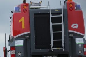 Łódź: pacjent był zbyt ciężki do transportu karetką. Pomogli strażacy