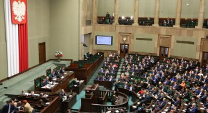 Po burzliwej dyskusji Sejm uchwalił z poprawką ustawę ws. 500+ dla osób niepełnosprawnych