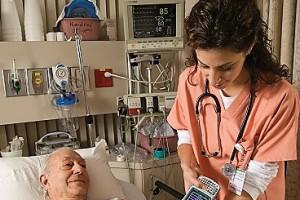 Badania: 90 proc. personelu będzie korzystać z technologii mobilnych przy łóżku pacjenta