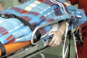 Bezdomny w szpitalu. Nadal mamy z tym problem