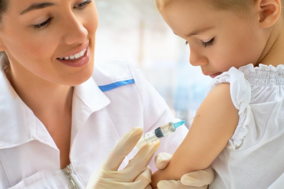 Włochy: niezaszczepione dzieci nie zostaną wpuszczone do żłobków i przedszkoli