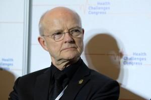 Dr Janusz Meder: większość polskich pacjentów zbyt późno zgłasza się do onkologa
