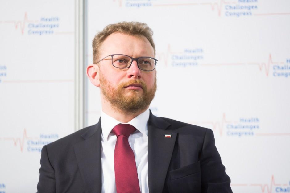 Szumowski ws. protestu w Przemyślu: nie wchodzę w relacje dyrektor - załoga