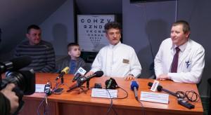 Nowatorskie przeszczepienie komórek ratuje oko 10-letniemu Kubie