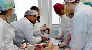 Białystok: uniwersytet medyczny celuje w potencjalnych studentów z USA, Kanady I Indii