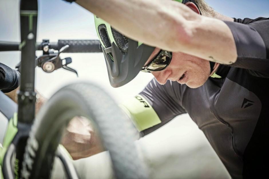 Lekarze: brawura na hulajnogach, rolkach i rowerach powodem coraz liczniejszych urazów