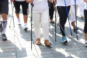 Nordic walking - ta forma ruchu dla starszych osób lepsza niż jogging