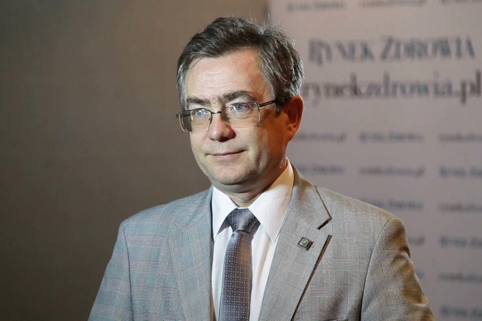NFZ: tworząc program opieki nad chorymi z SM nie szukamy oszczędności