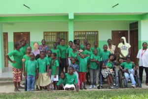 """Fundacja """"Redemptoris Missio"""" zbiera aparaty słuchowe dla głuchoniemych dzieci w Kamerunie"""
