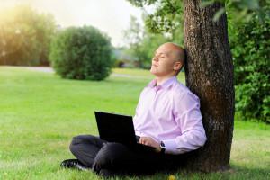 Smartfon i laptop niweczą korzystny wpływ natury na zdolność koncentracji