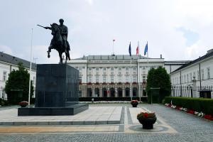 Prezydent podpisał ustawę dotyczącą minimalnych płac w placówkach medycznych