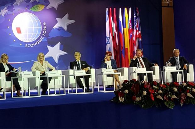 """""""Wspólnie dla Zdrowia"""" w Krynicy: premier i ministrowie o najważniejszych wyzwaniach"""