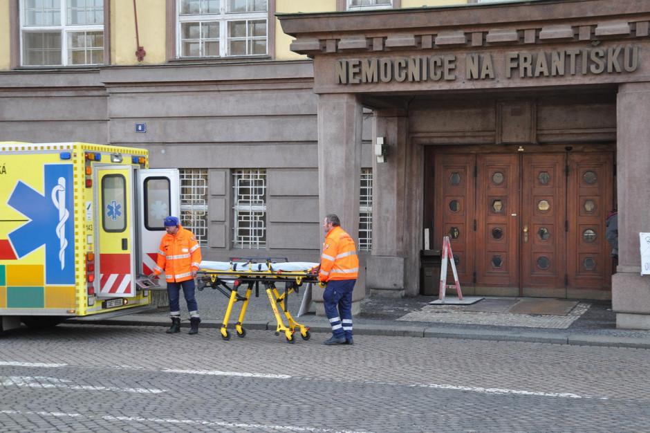 Polacy jednymi z Europejczyków najchętniej leczących się za granicą