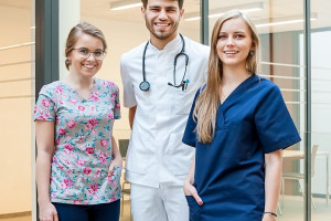 Wrocław: ponad 6 tys. studentów rozpoczęło rok akademicki na Uniwersytecie Medycznym