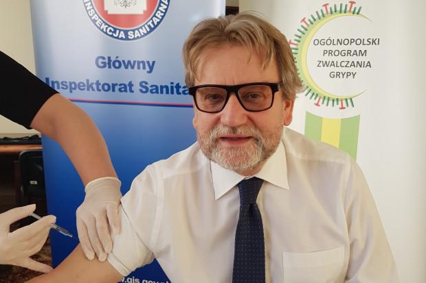 Główny Inspektor Sanitarny zaszczepił się przeciw grypie