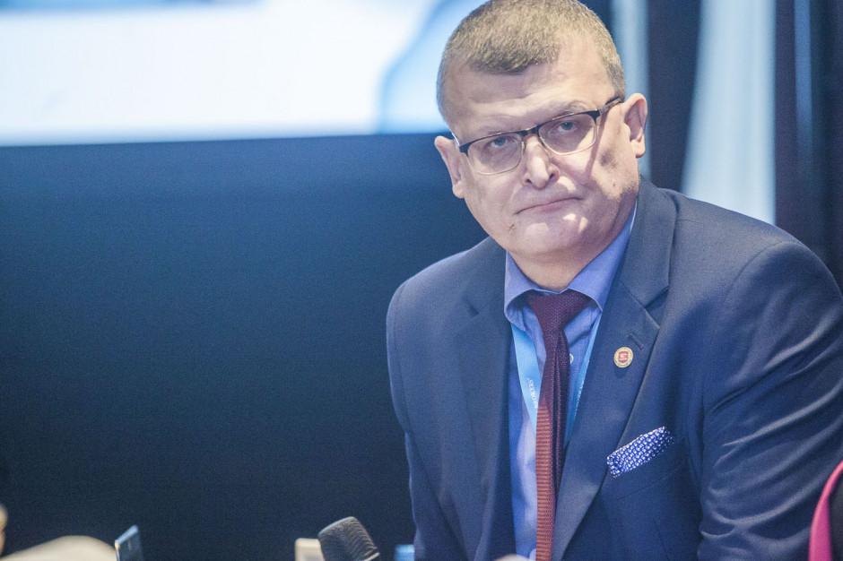 Dr Grzesiowski: koronawirus może być bardziej zakaźny niż sądzono