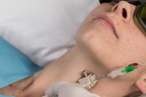 W Wałbrzychu leczą raka Echolaserem. To drugie takie miejsce w Polsce