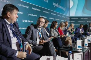 """XIV Forum Rynku Zdrowia: sesja """"Polityka lekowa"""""""