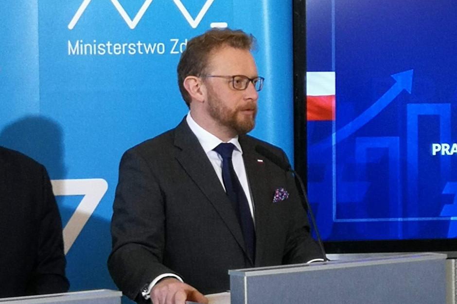 Szumowski: część placówek już uregulowała wynagrodzenia fizjoterapeutów, liczymy na kolejne
