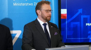 """Szumowski: koncerny farmaceutyczne """"głównie płaczą, że je docisnęliśmy do ściany"""""""