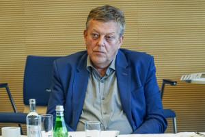 Prezes ORL w Katowicach: lekarze coraz bardziej boją się ryzykować