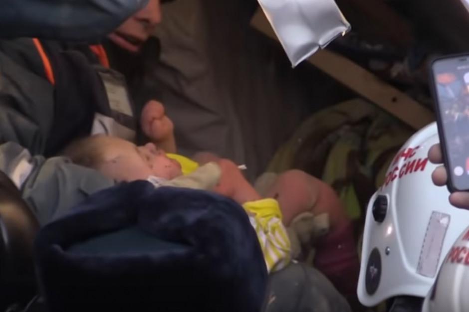Magnitogorsk: niemowlę znalezione pod gruzami po 36 godzinach żyje