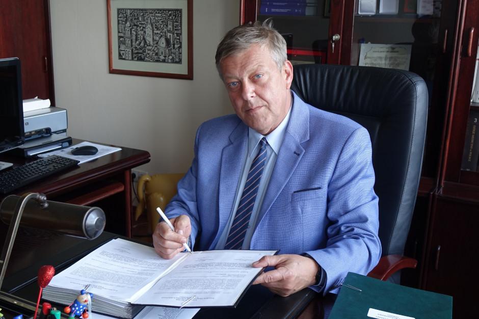 """Prezes ORL w Katowicach o brakach kadrowych: zaczynamy mówić """"lepszy zmęczony lekarz niż żaden"""""""