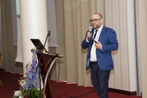 Bartosz Stemplewski: - Moja strategia to nie wydawać więcej niż się ma