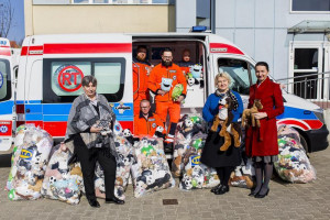 Kraków: tam w pogotowiu ratunkowym jeżdżą też pluszaki
