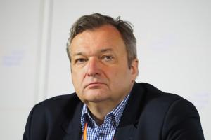 Dr Marek Tombarkiewicz: skoncentrowane dyspozytornie pogotowia - czy się sprawdzają?