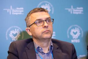 Prof. Maciejczyk: pacjent nie powinien szukać leczenia. System ma mu je zapewnić