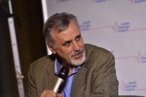 Prof. Pieńkowski: w Polsce niepokojąco rośnie liczba nowych zachorowań na raka piersi