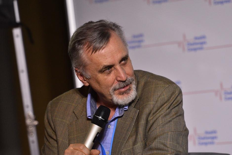 Prof. Pieńkowski: programy lekowe w onkologii puchną od czynności administracyjnych