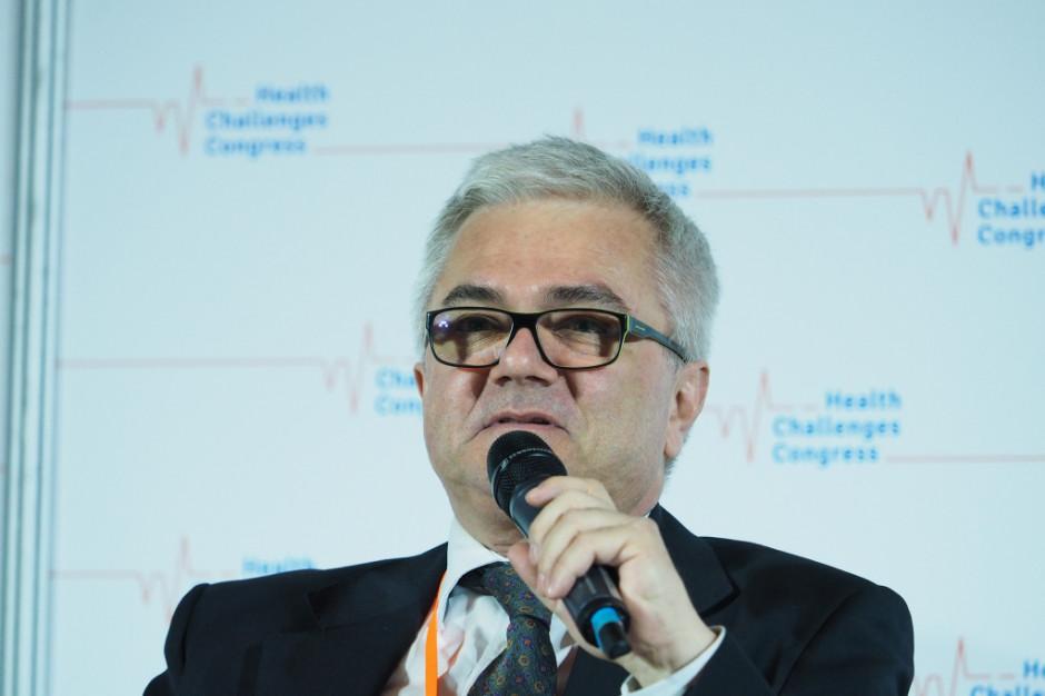 Andrzej Fal: wydaje się, że szczyt trzeciej fali mamy za sobą. Powrót uczniów do szkół zależy od tendencji spadkowej