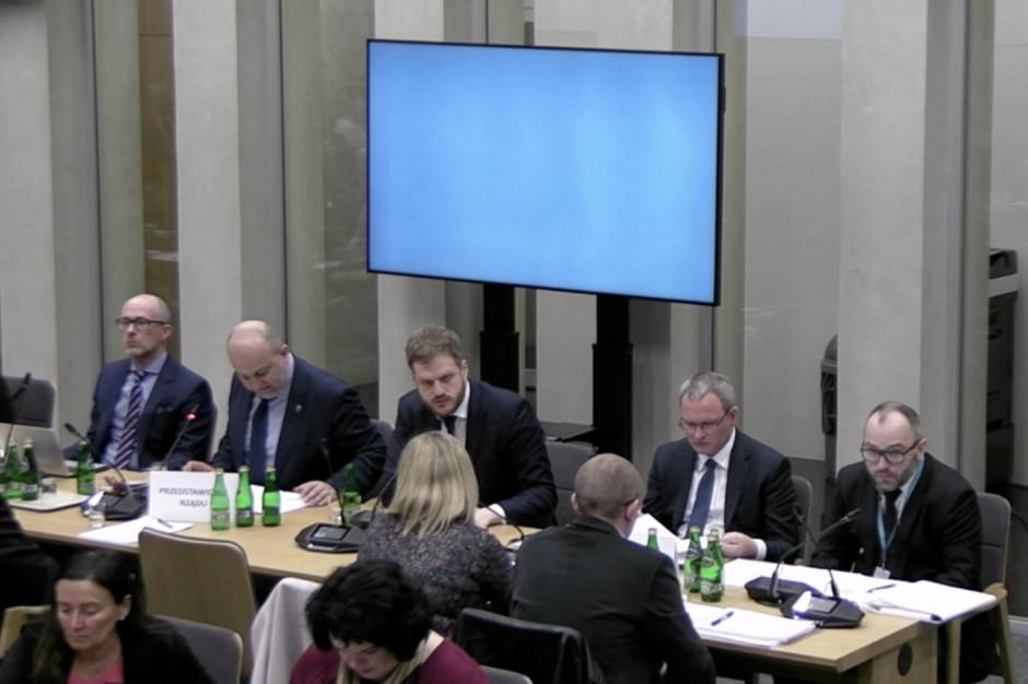 Sejm: MZ wycofuje się z wysyłkowej sprzedaży leków na receptę