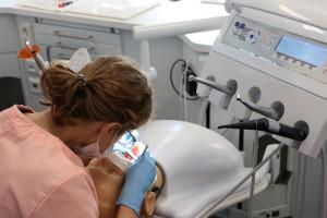 Zabrze: w CSM będzie można nauczyć się pierwszej pomocy, a nawet… wyrwać ząb